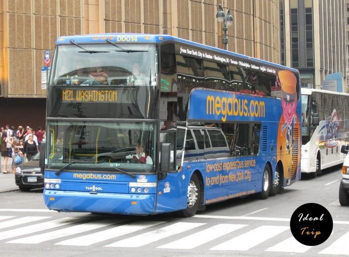 Megabus_Van_Hool_TD925_DD014_in_New_York_City (2)