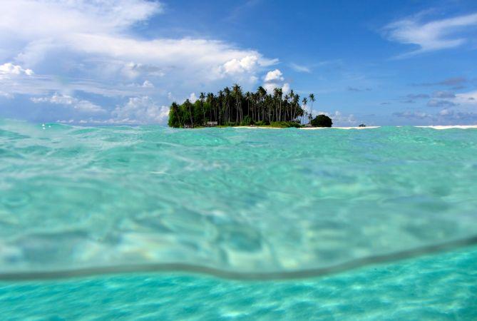 Остров Сибуян на Борнео