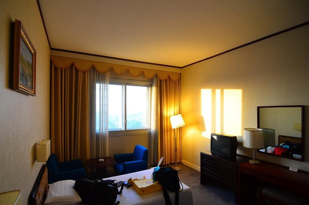 комната в отеле в Северной Корее