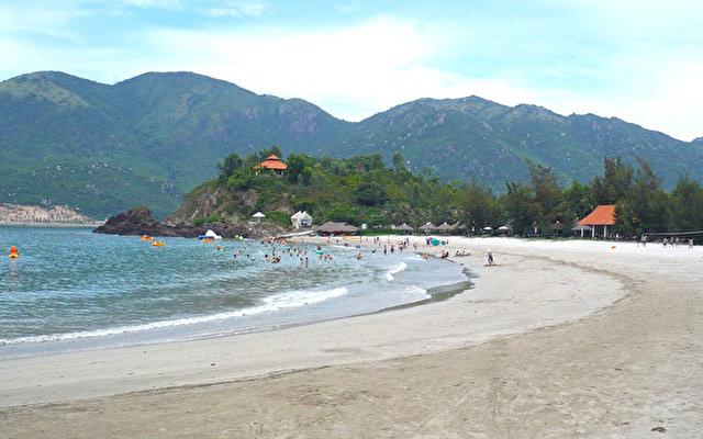 Пляж Даймонд бей