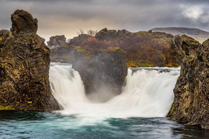 Двойной водопад Хьяулпарфосс