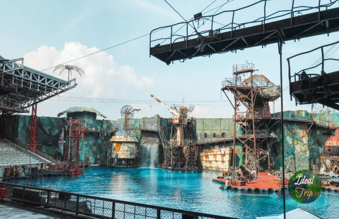 """""""Water world"""" (""""Водный мир"""") в студии Юниверсал Сингапур"""