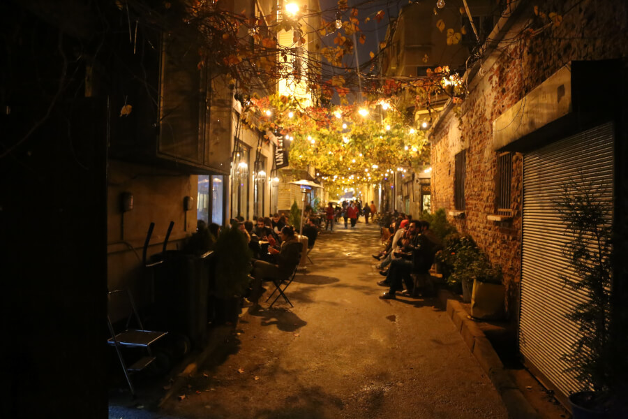 вечерние улицы Каракёй