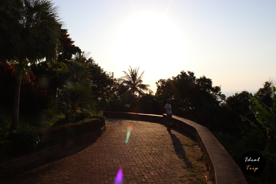 Дорога на холм трех пляжей