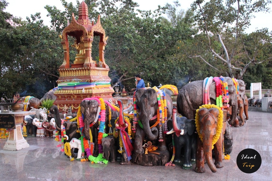 Сувенирные слоны