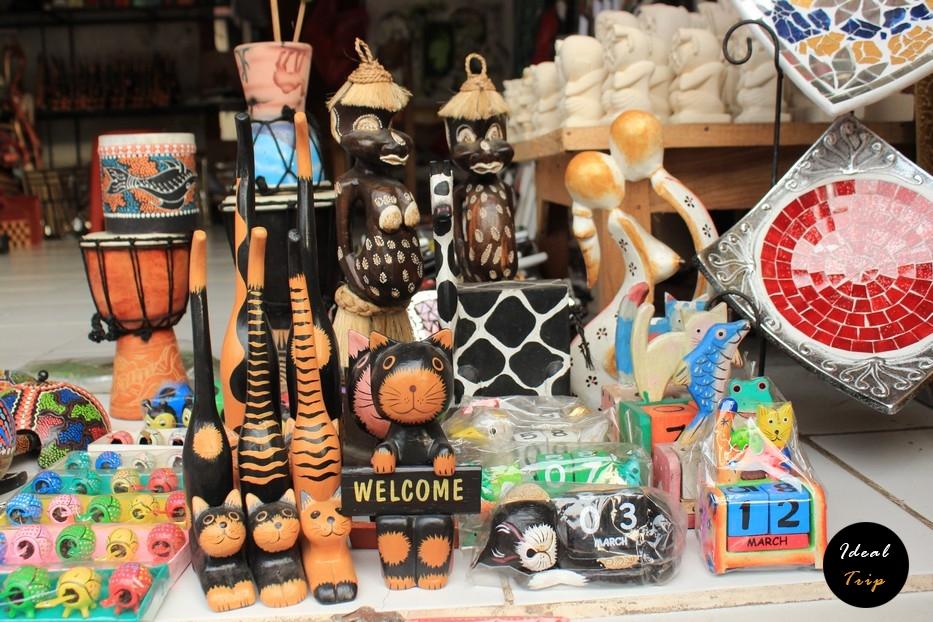 Сувениры для туристов Бали