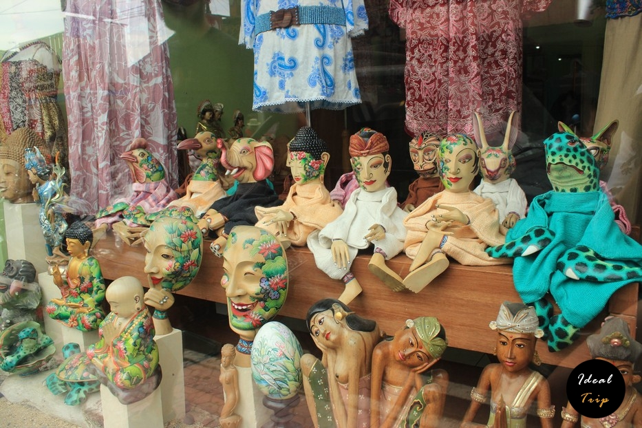 Деревянные маски на Бали