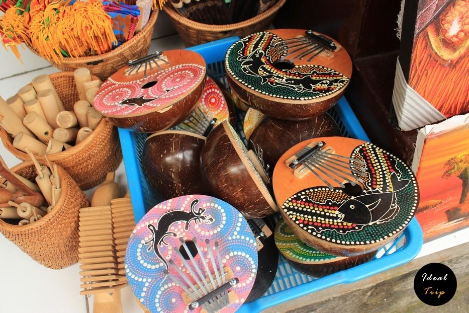 Деревянные музыкальные инструменты на Бали