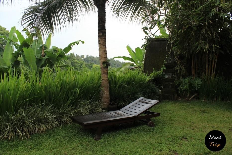 Уютная площадка для релакса на Бали