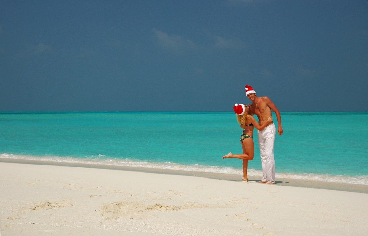 Паша Сырцов и его девушка Юля в Новый Год на Мальдивах