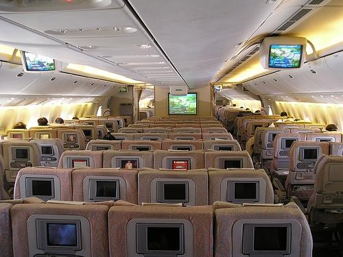 Интерьер салона Боинг 777-300ER