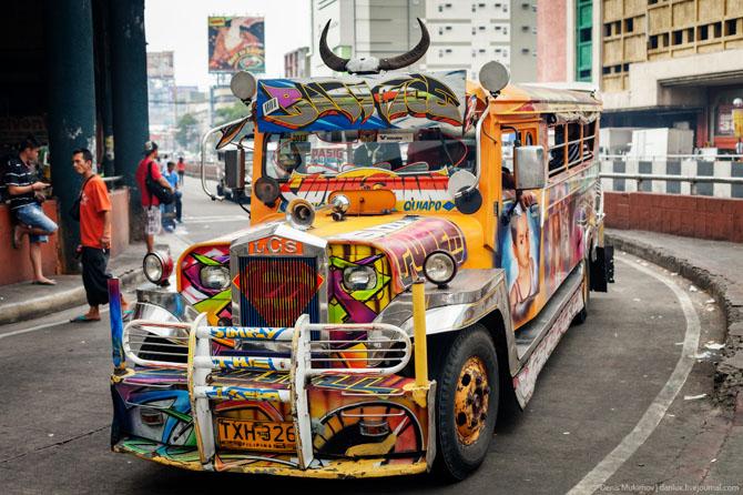 Местный транспорт джипни на Филиппинах