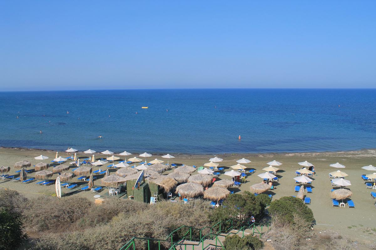 Дикий пляж Фарос