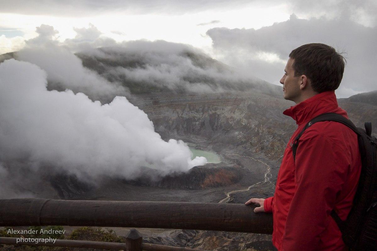 Александр Андреев на вулкане Поас