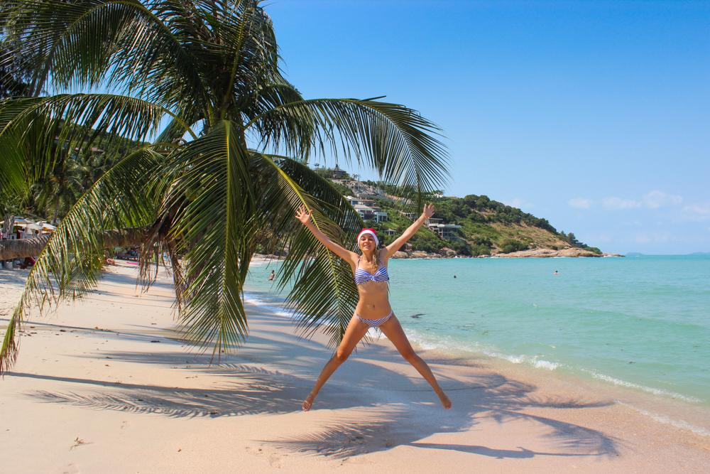 Кристина Эндлесс на уединенном пляже в Таиланде
