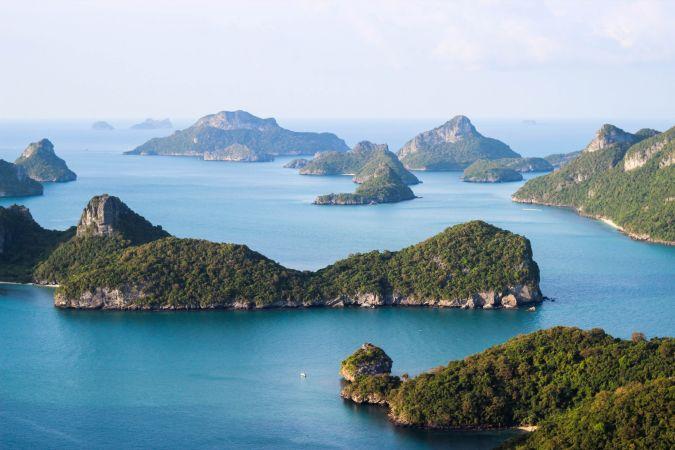 Необитаемые острова в Ангтонг