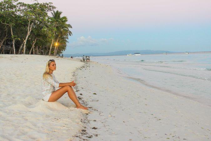 Шикарные пляжи острова Бохол и лазурное море