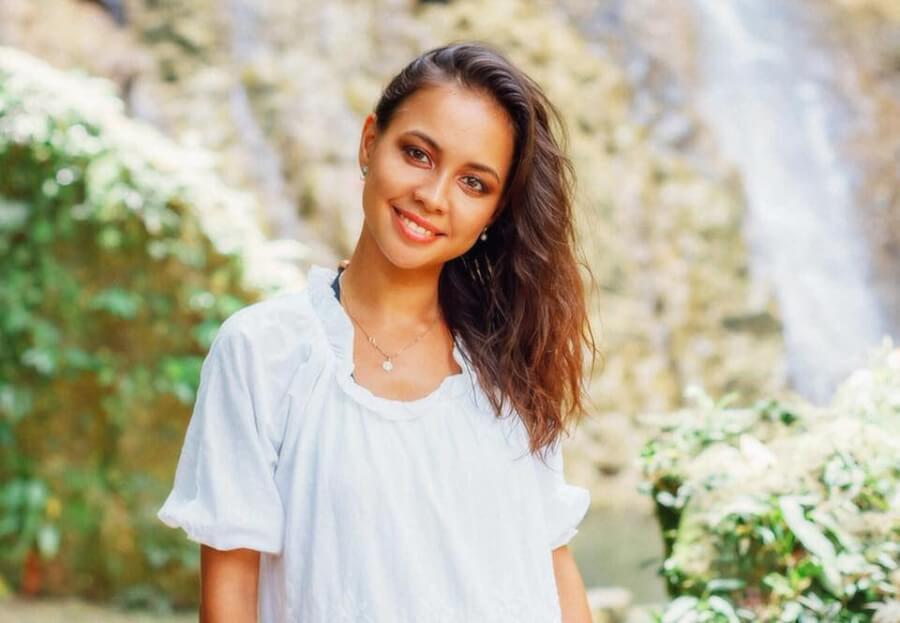 Дарья - живёт с мужем на Панглао