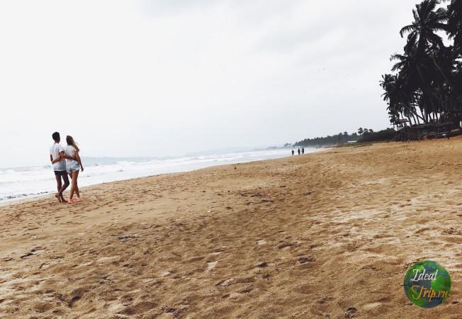 Кристина Эндлесс и Стас в Тринкомалле