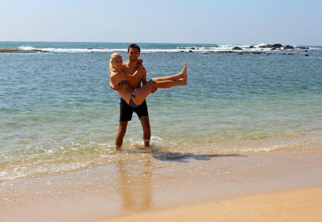 Кристина Эндлесс и Станислав Матвеев на пляже Шри-Ланки