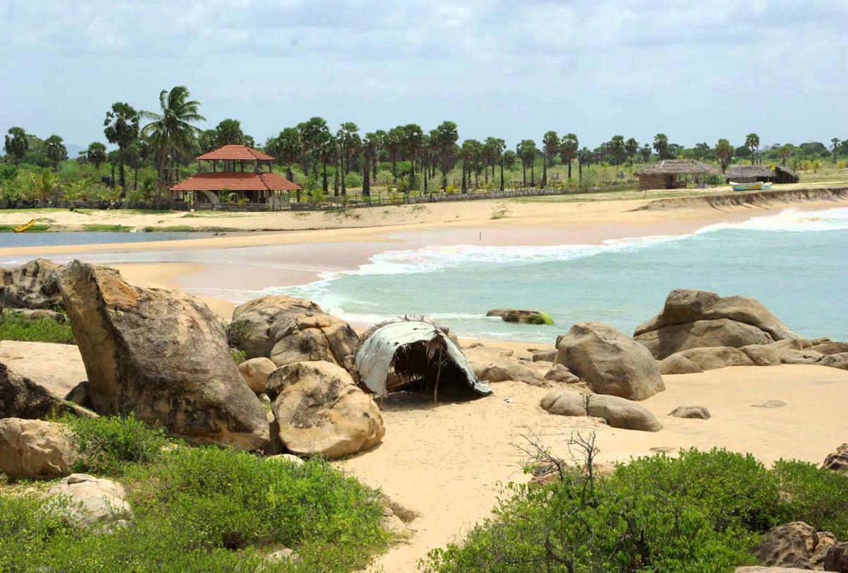 Пляж Поттувиль Поинт