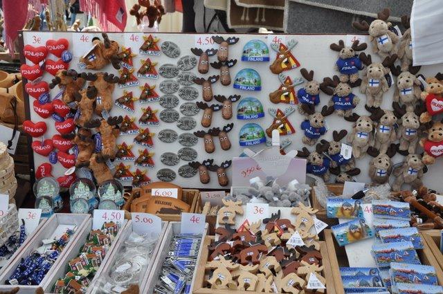 Сувениры из Финляндии продаются