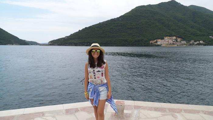 Девушка в Черногории