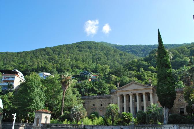 Дома в Абхазии