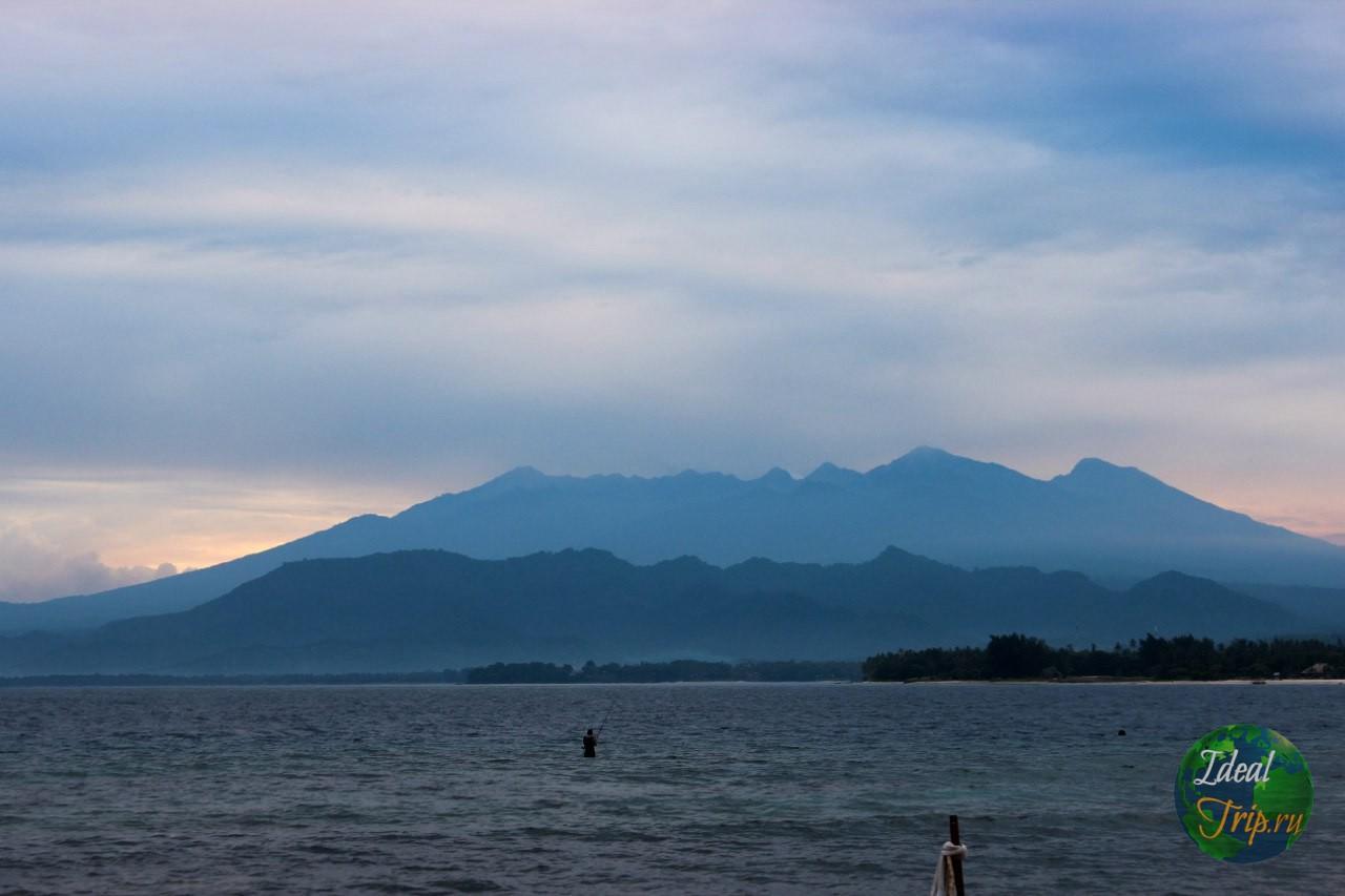 Гора Ринджани
