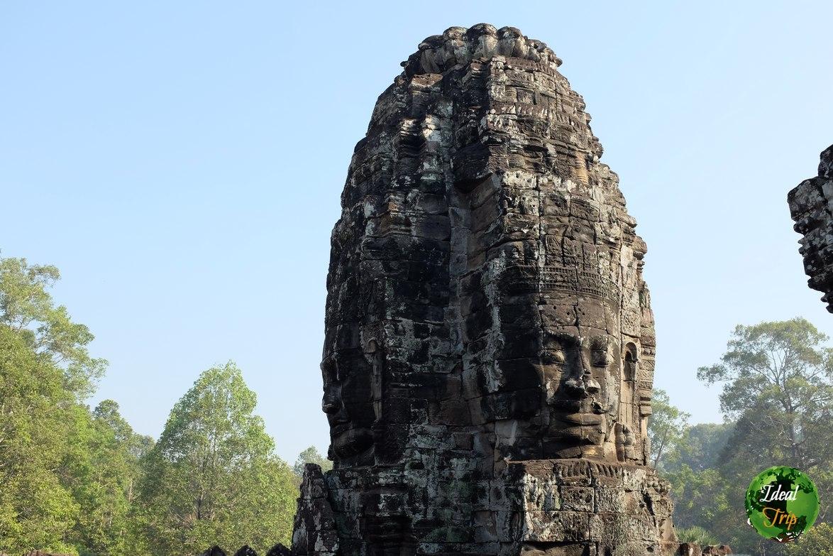 Башня храма Байон