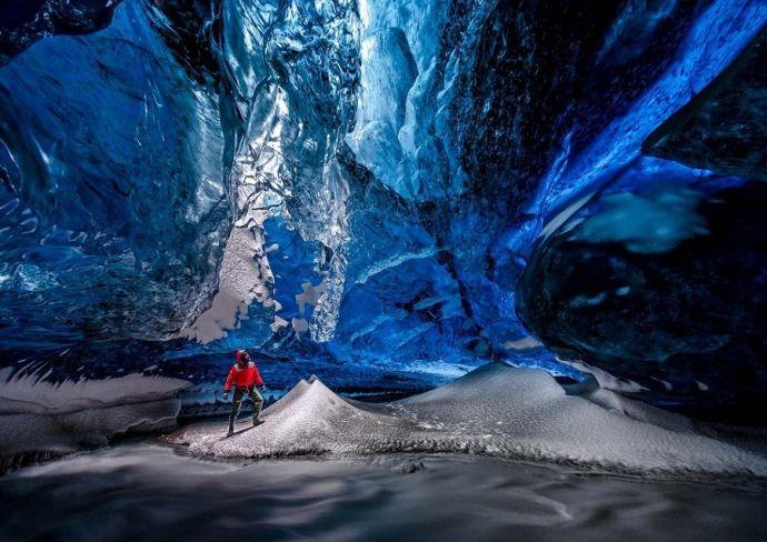 Внутри пещеры Скафтафетль