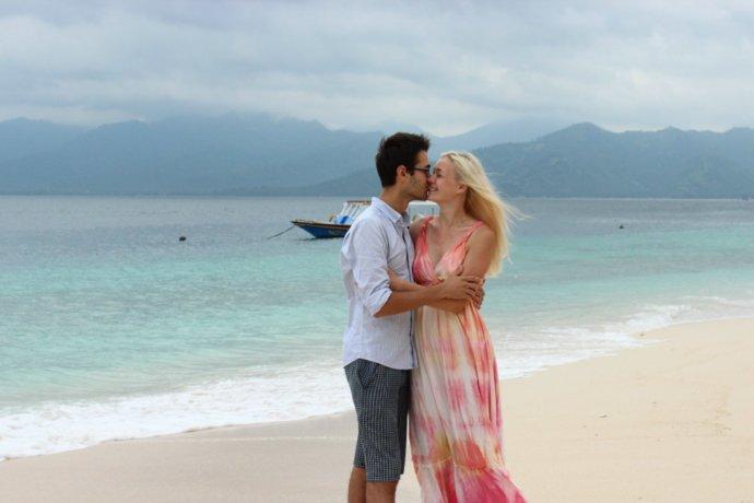 Кристина Эндлесс и Станислав Матвеев на острове Гили Мено