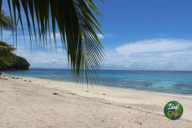 Пляж San Remegio на острове Самал