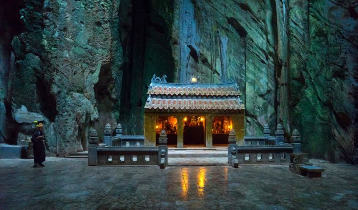 Мраморные пещеры Вьетнама